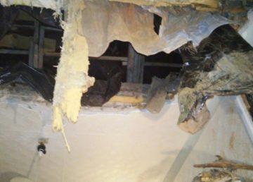 СК проводит проверку по факту обрушения потолка в квартире одного из домов в Кимрах