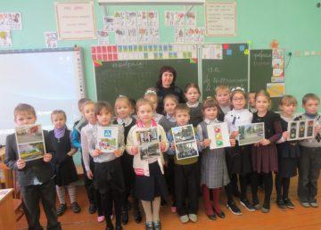 В Тверской области инспекторы ГИБДД провели урок для школьников