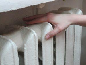 В Твери ведут работы на повреждении теплотрассы в Южном