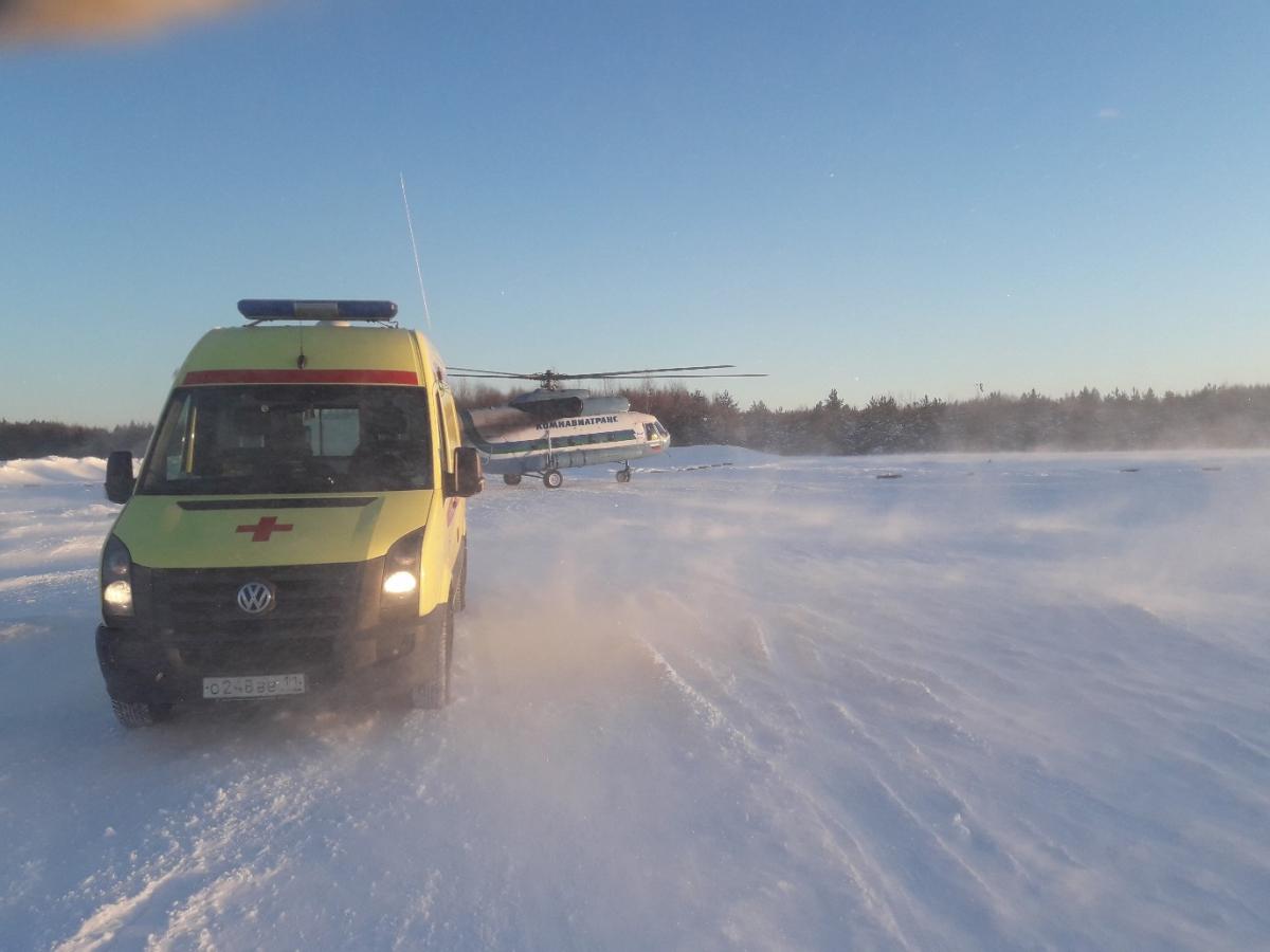 Близнецы из Пено доставлены в Тверь вертолетом санавиации