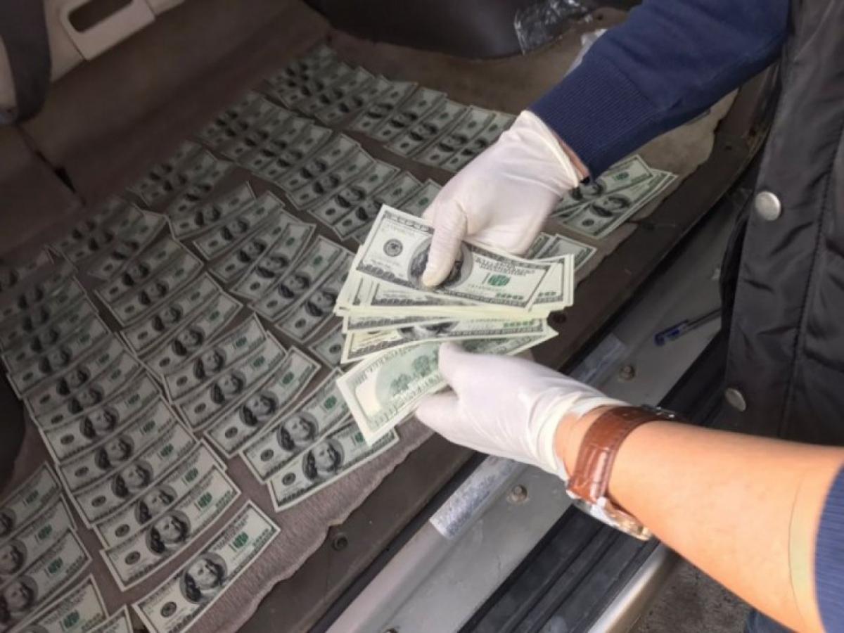 Фальшивомонетчик сбывал валюту в Твери и Подмосковье