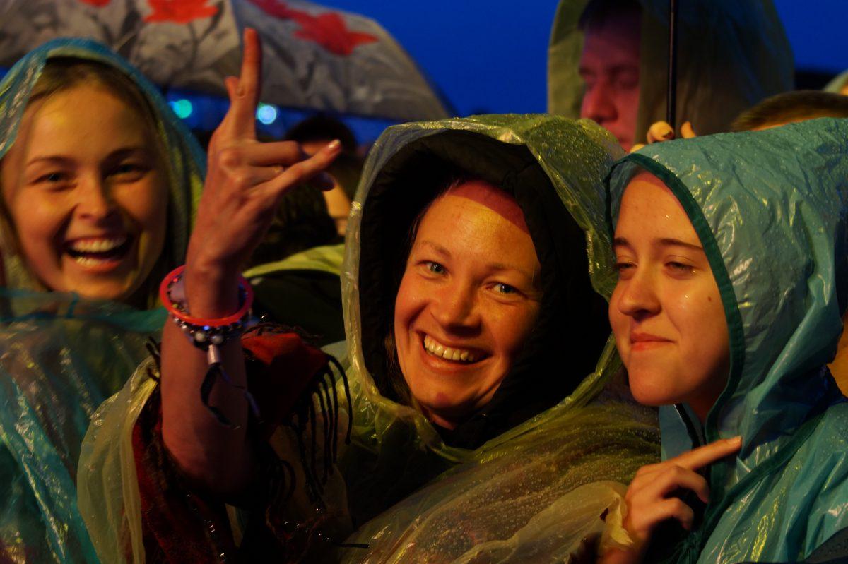 Первый день Нашествия: пробка на «Ленинград» и ожидание дождя