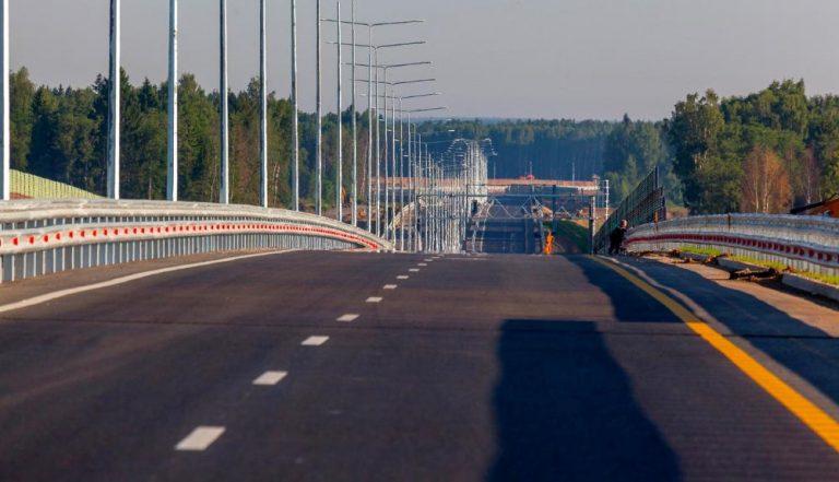 Стало известно, повысят ли лимит скорости на бесплатных российских дорогах