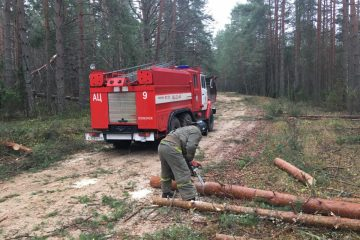 В Тверской области устраняют последствия непогоды