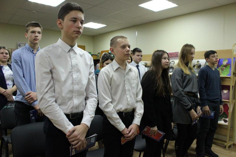 В Твери вручили паспорта 14-летним горожанам