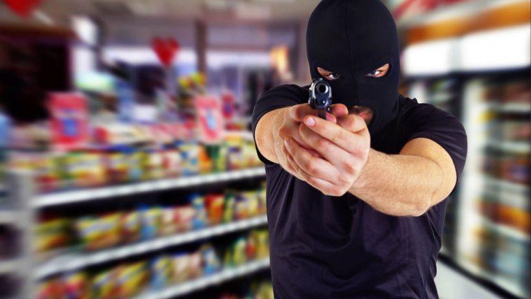 В Тверской области совершено разбойное нападение на магазин