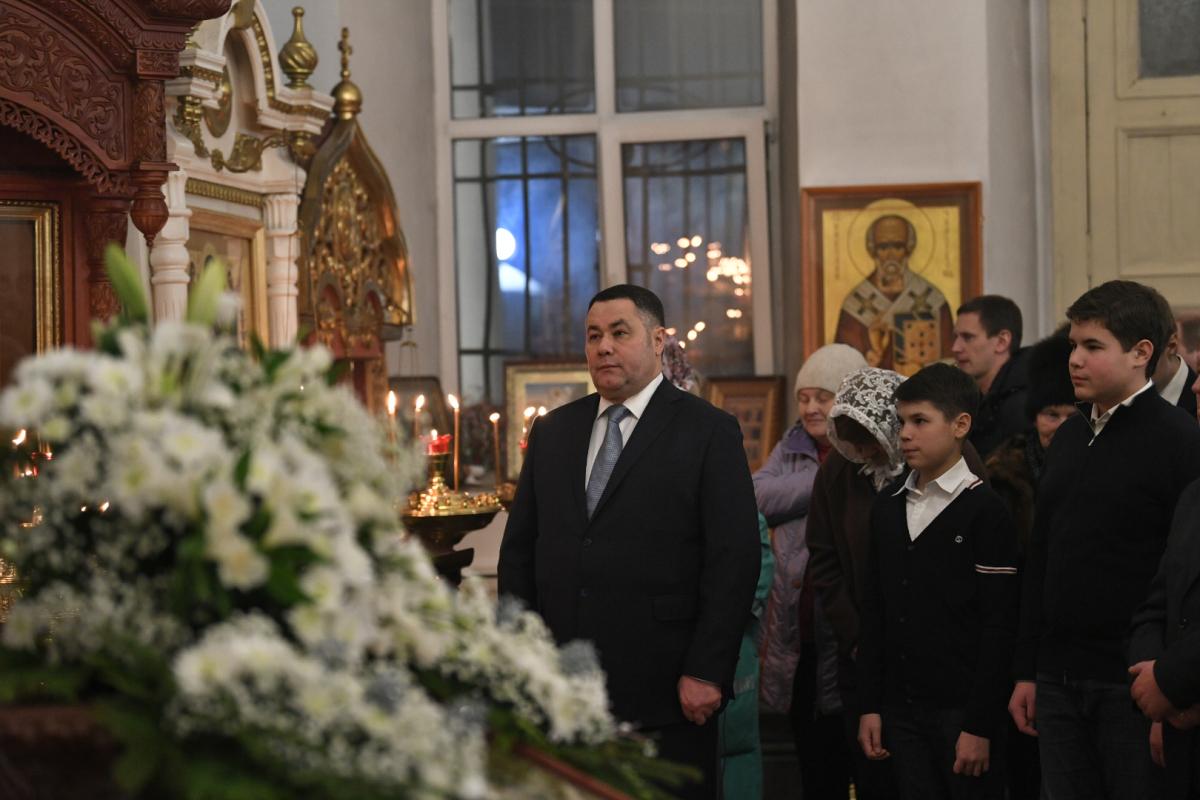 Игорь Руденя встретил Рождество вместе с прихожанами в Ржеве