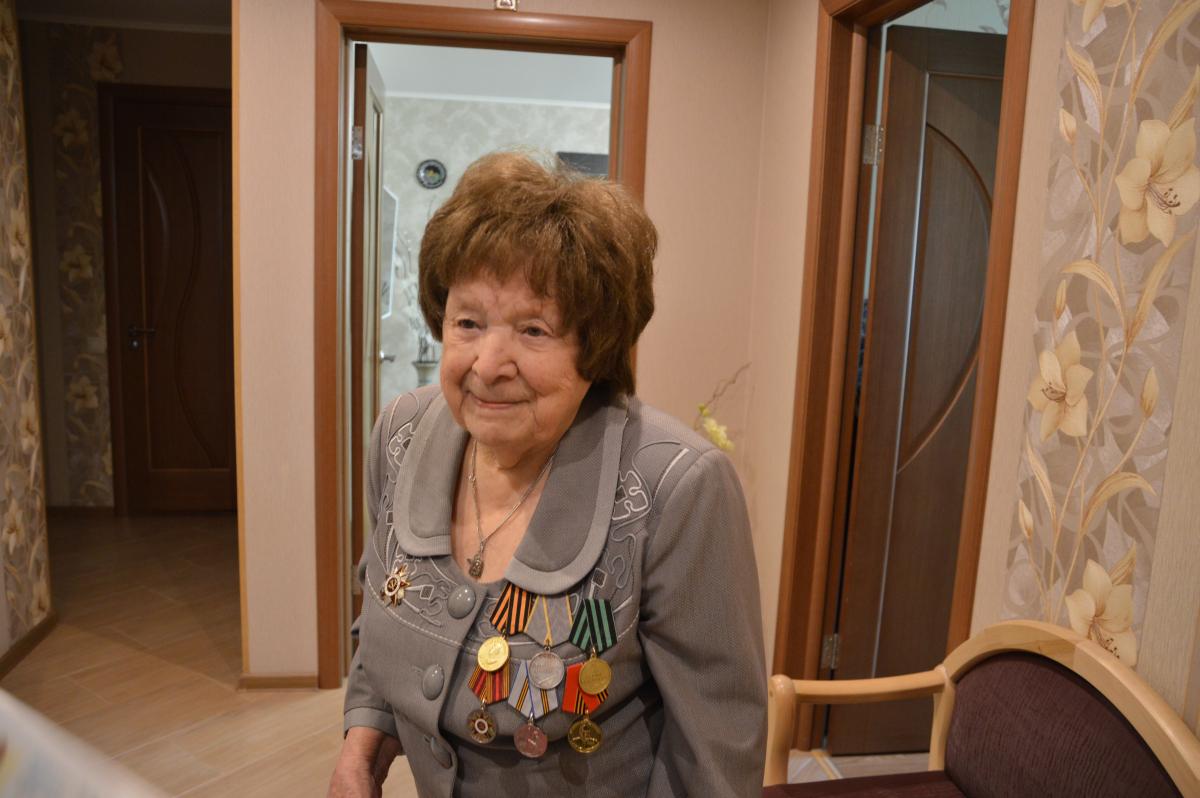 Игорь Руденя поздравил ветерана войны с вековым юбилеем