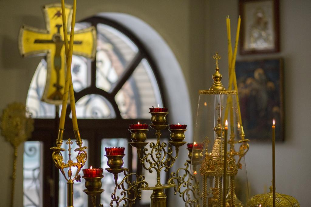 В Твери полицейские установили кражу ювелирных украшений из храма