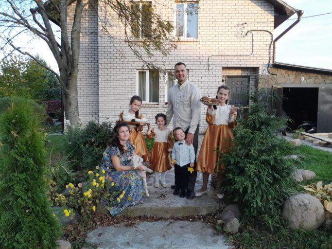 Семья Широкорад одержала победу в муниципальном этапе конкурса на лучшее подворье
