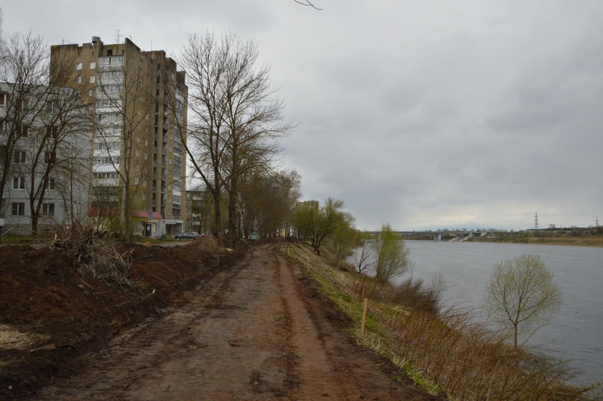 В Твери начались работы по благоустройству Мигаловской набережной