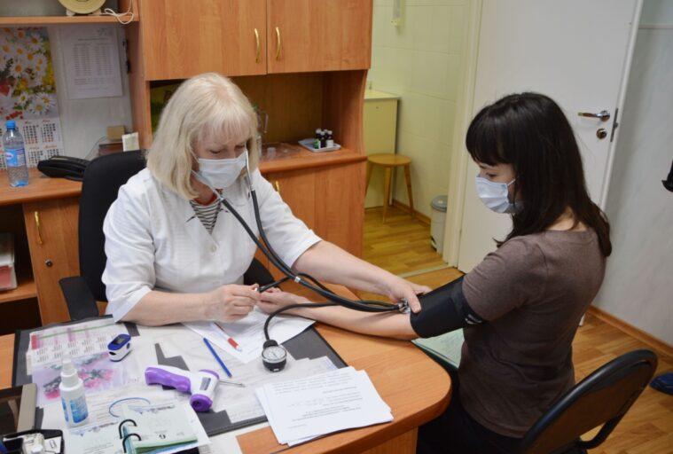 Вакцинация от COVID-19 организована на тверских предприятиях