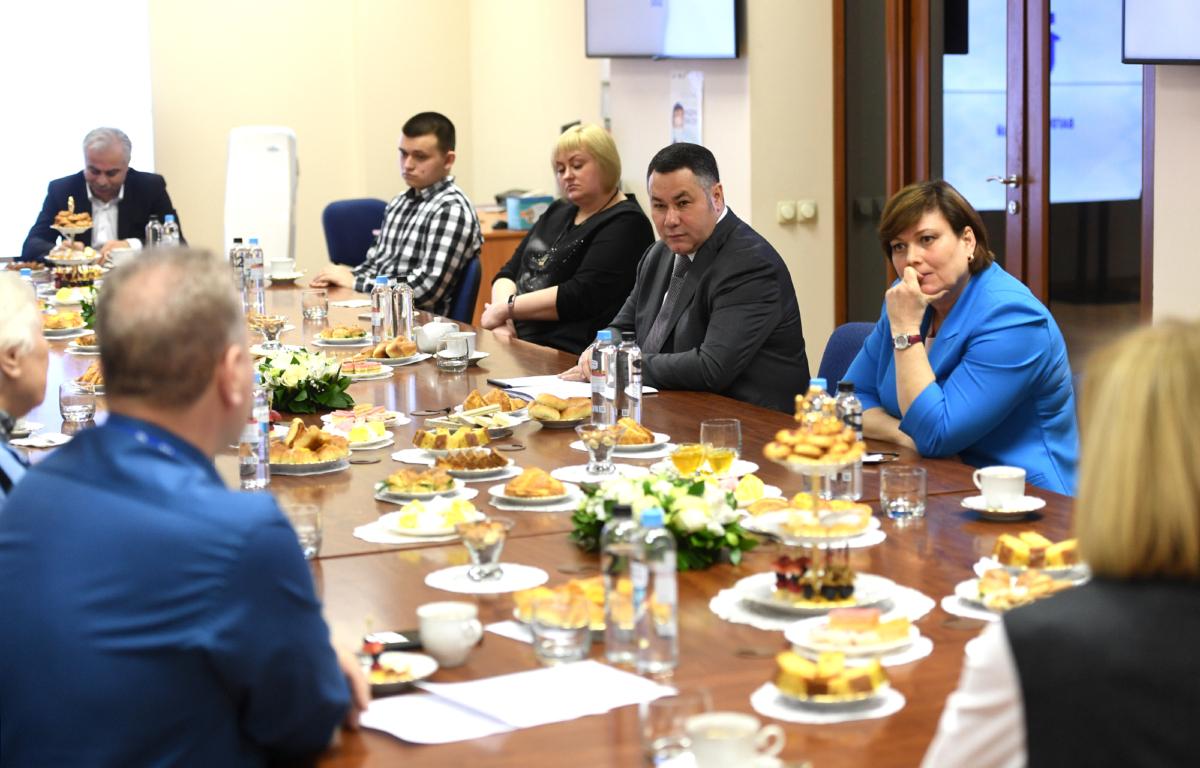 Игорь Руденя встретился с трудовыми династиями вагонзавода
