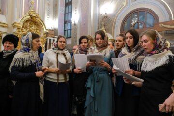 Молодежный хор Тверской епархии приглашает певчих