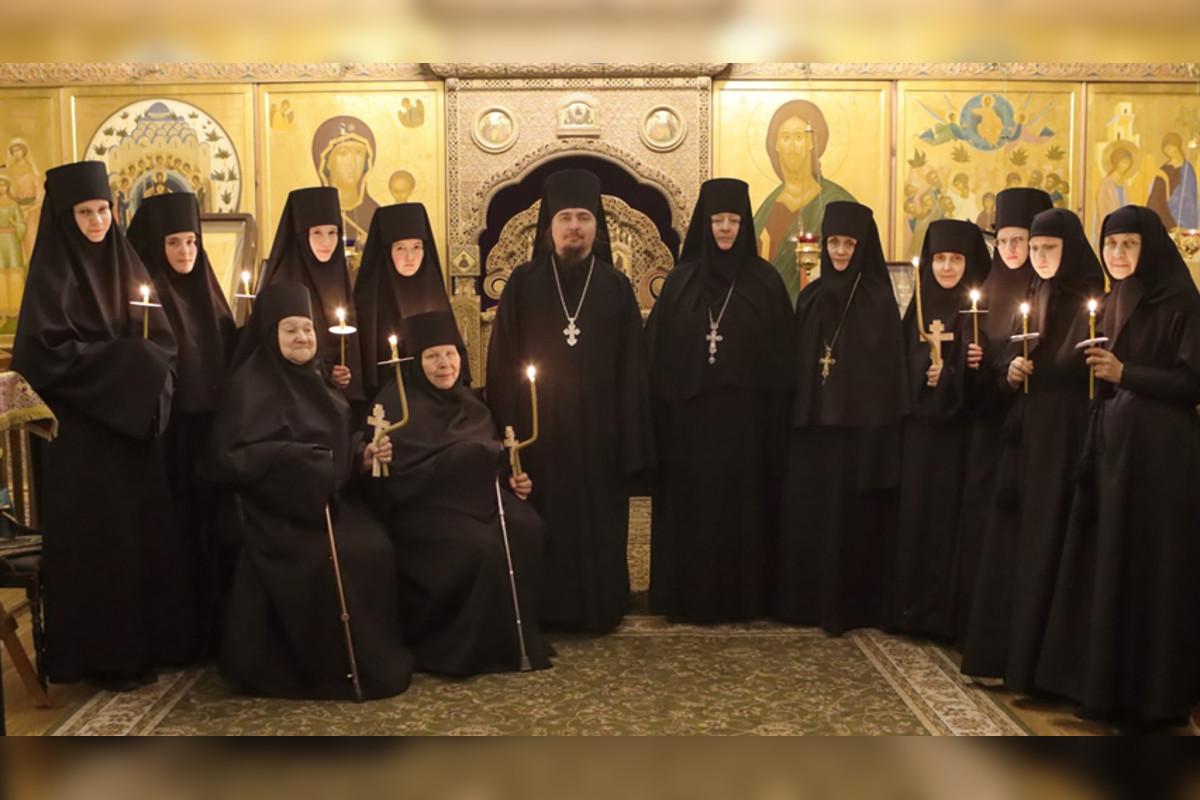 В Тверской области восемь женщин приняли монашество