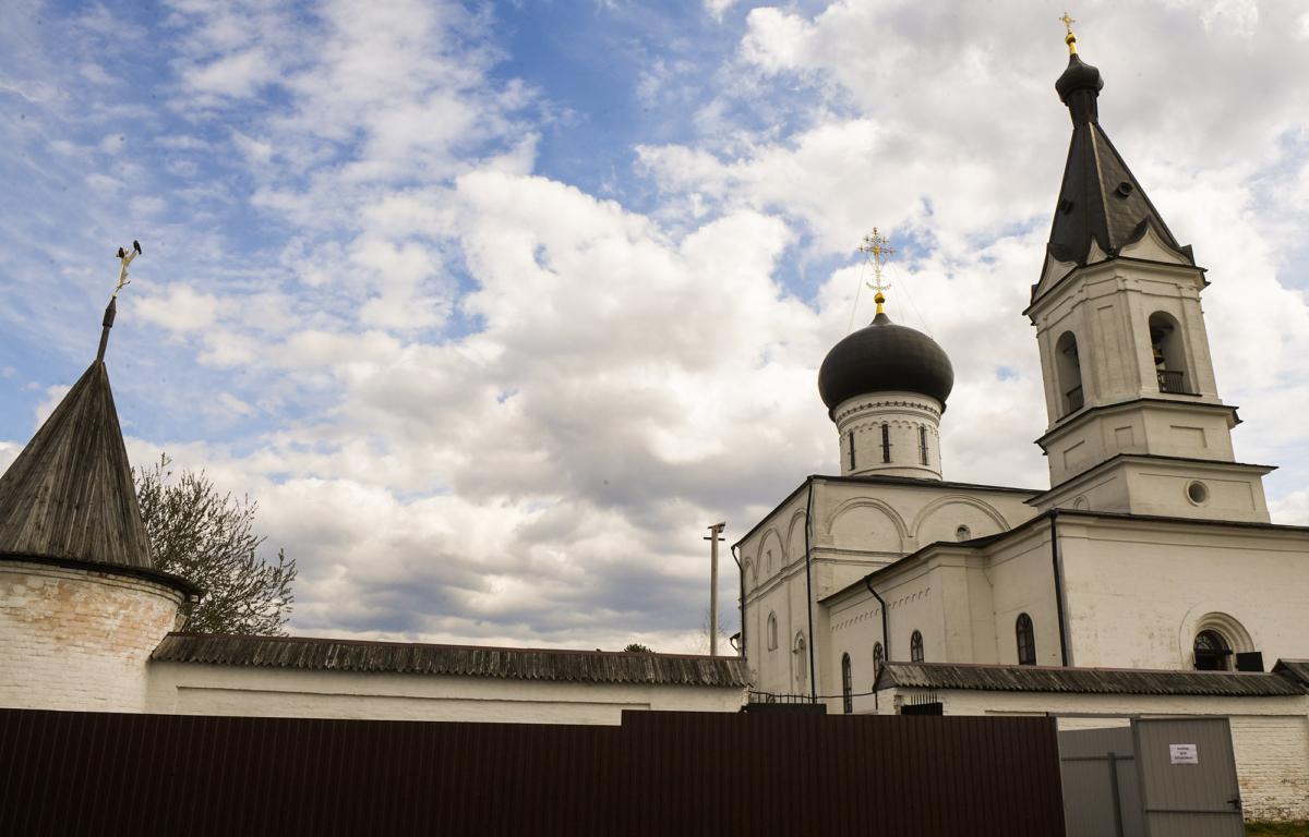 В монастыре под Тверью прошёл традиционный Пасхальный концерт
