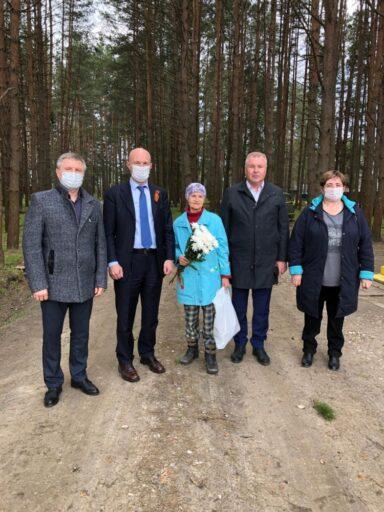 В Тверской области активисты поздравляют ветеранов войны с Днём Победы