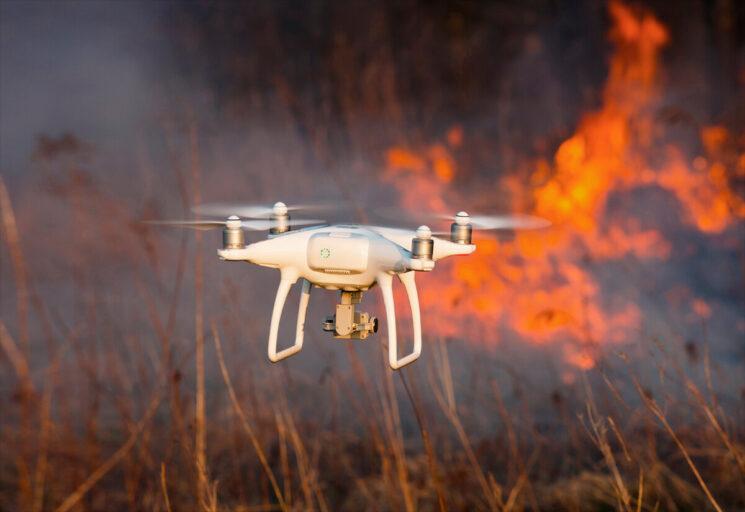 В Тверской области решили бороться с пожарами с помощью дронов