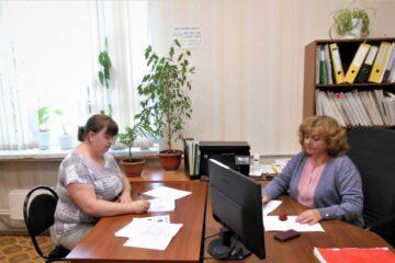 В Тверской области многодетная мама подписала социальный контракт