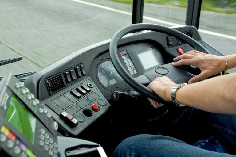 В Твери и области водителей приглашают на работу