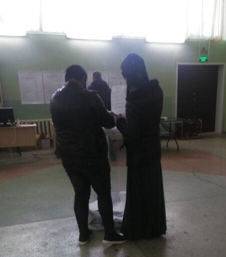 Жители Калининского района приходят на избирательные участки #ТОголосует