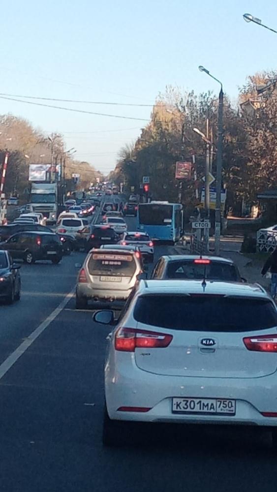 ДТП в Твери серьёзно затруднило въезд в город